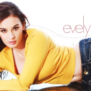 Evelyn Sharma hot hd wallpapers