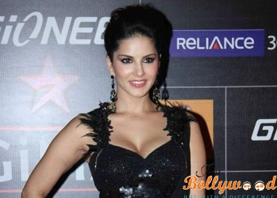 Photo of Sunny Leone lost her virginity at a tender age