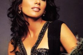 Catch Chitrangada Singh posing the sexy covergirl for a technology magazine