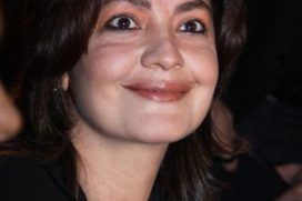 Pooja Bhatt to make her comeback with an alcoholic detective