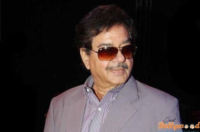 Shatrughan-Sinha gets a comeback with a play