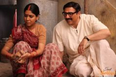 Mohalla Assi Uncensored Trailer: Stolen? or Is It a Publicity Stunt Splashing on Web