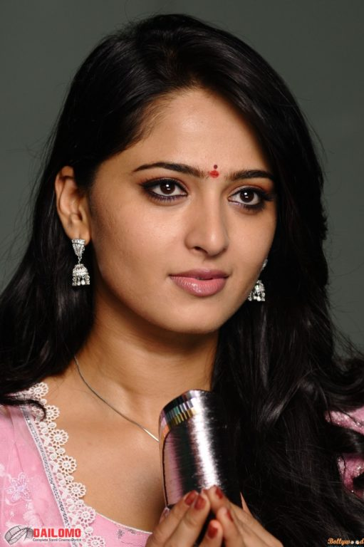 Anushka Shetty Hd Wallpaper Justbollywood