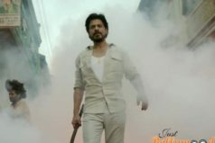 Catch Raees Promo featuring SRK Giving a Glimpse of His Baniye Ka Dimaag
