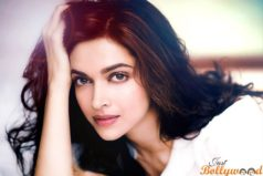 15 Hot Photos of Deepika Padukone Will Make you Fall in Love With Her