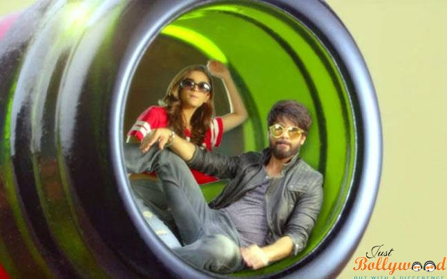 Photo of Raita Phail Gaya Track from Shaandaar: Catch the Beats with Shahid Kapoor and Alia Bhatt