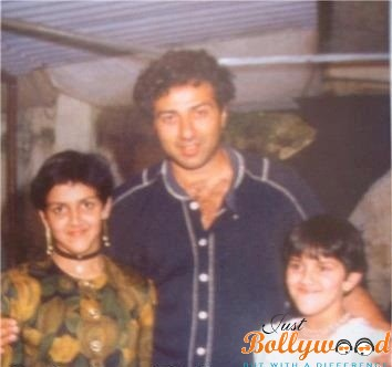 Bollywood's Rare Picture Out First Time Ever