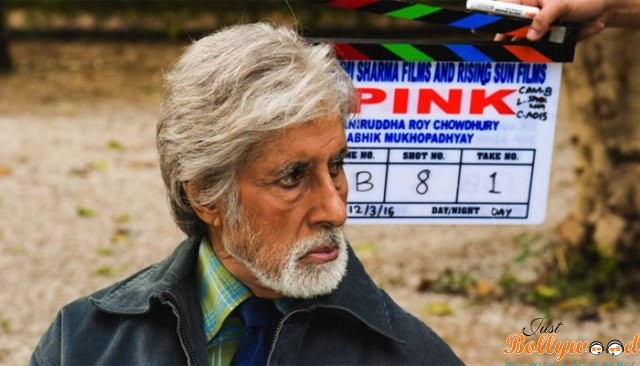 first look of amitabh in pink