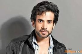 Tusshar Kapoor Turns a Father
