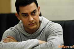 Aamir Khan apologizing with folded hands: Know Why?