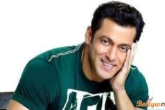 Salman walks free In 1998's Arms Act Case