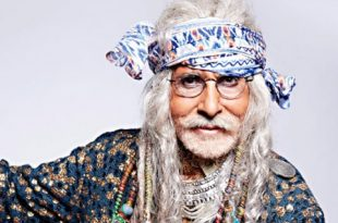 catch-amitabh-bachchans-interesting-look-for-a-commercial-1