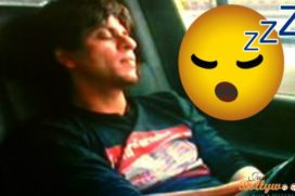 LOL – SRK is Caught sleeping In His Car After A Party