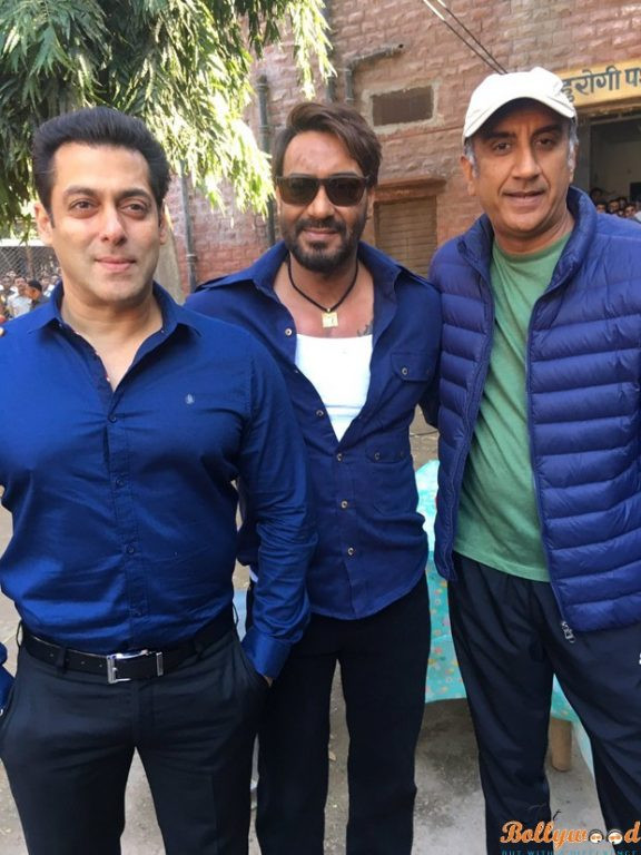 Salman-Khan-goes-to-meet-Ajay-Devgn-on-the-sets-of-Baadshaho