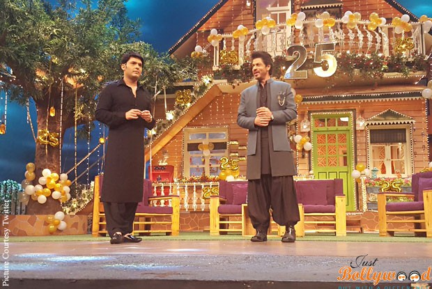 raees-on-the-sets-of-kapil-sharma-show-3
