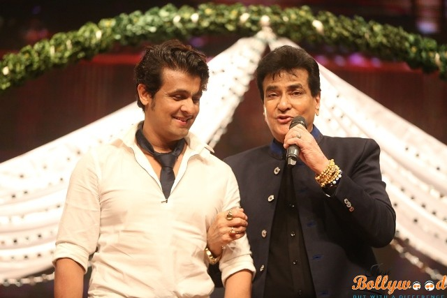 A Musical Evening for Himmatwala Jeetendra!