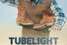 The story behind carrying two boots on his shoulders in Tubelight poster