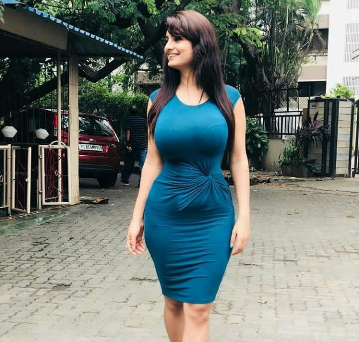 Anveshi Jain Sexy Images