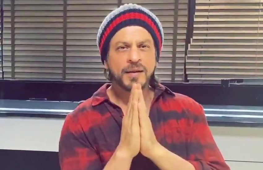Photo of Shah Rukh Khan Warns His Fans About COVID 19 Crisis