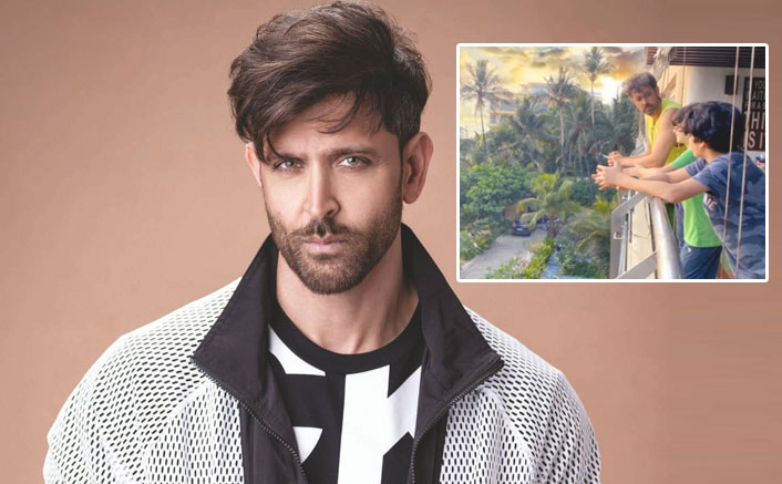 Photo of Hrithik Roshan's Reply on Smoking In A Pic Besides His Kids is Winning Hearts