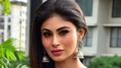 Photo of Mouni Roy will auction her paintings for charity