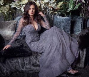 Bollywood actress Evelyn Sharma releases her first book, titled FIVE SEASONS