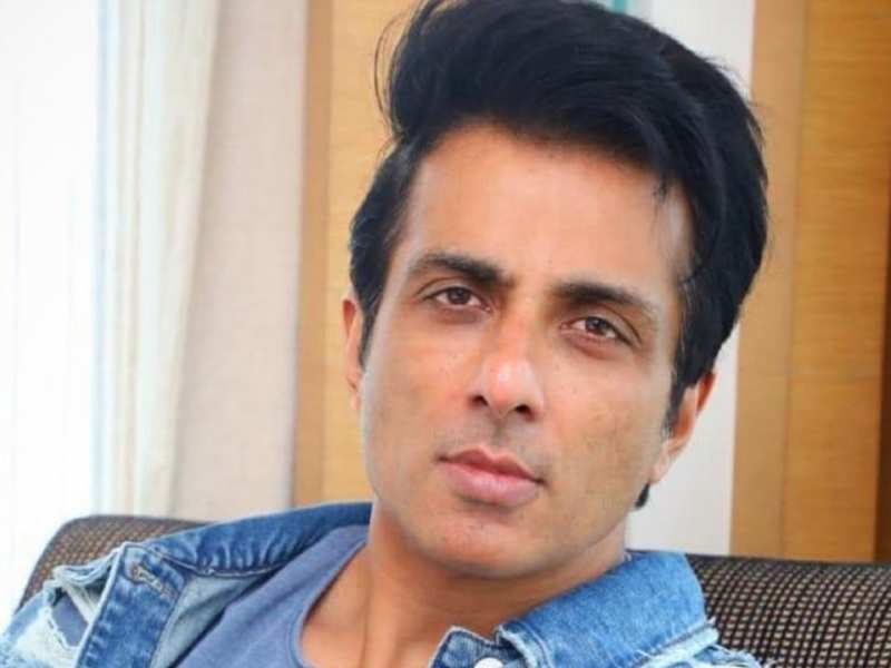Sonu Sood clears the confusion on the bed