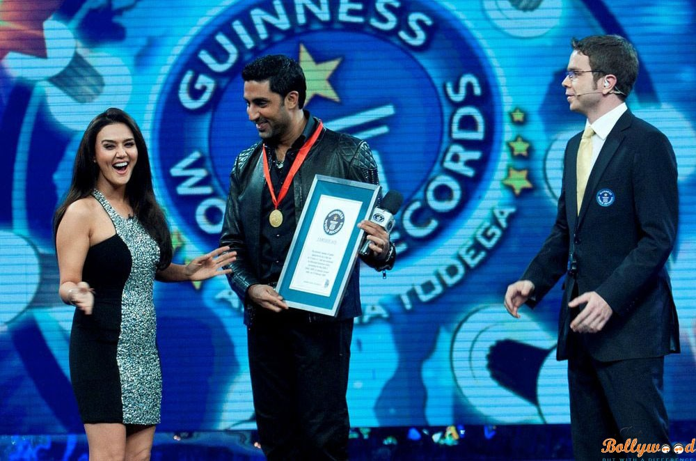 Bollywood Actors who made their names enter into Guinness World Records